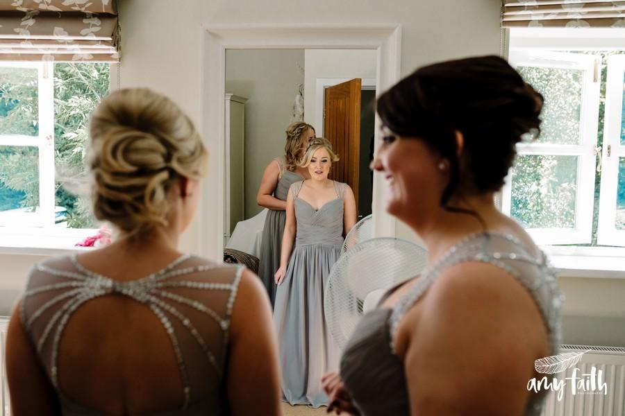 amy faith photography creative documentary wedding photographer bridesmaids in grey dresses