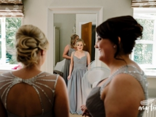 amy faith photography creative documentary wedding photographer bridesmaids in grey dresses